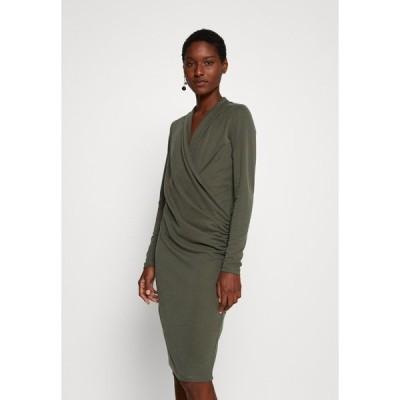 インウェア ワンピース レディース トップス CATJA DRESS - Day dress - beetle green