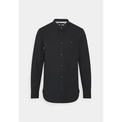 トミー ヒルフィガー シャツ メンズ トップス SLIM STRETCH SHIRT - Shirt - black