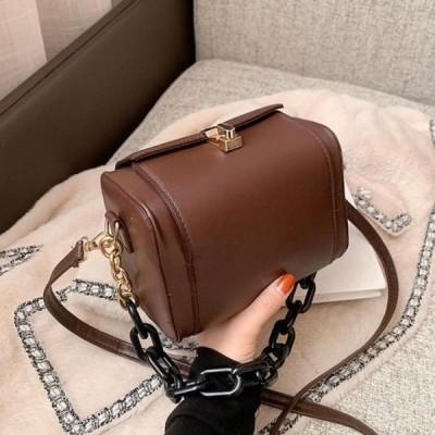レディース ショルダーバッグ Trendy mini square chain crossbody bag