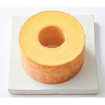 【お歳暮・送料無料】治一郎のバウムクーヘン 高さ8cm 治一郎バームクーヘン  ケーキ 焼き菓子 しっとり ホール 直径約14センチ 650グラム