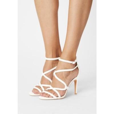 バッファロー レディース サンダル YVONNE - Sandals - white