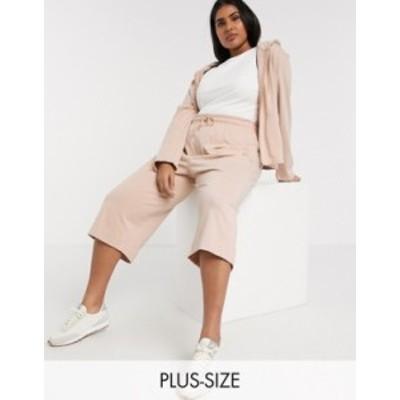 ナイキ レディース カジュアルパンツ ボトムス Nike Plus premium tonal cropped wide leg sweatpants in beige SHIMMER/(SHIMMER)
