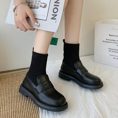 靴子 鞋子女春百搭短靴女春秋單靴2021年新款馬丁襪靴網紅瘦瘦靴【快速出貨八折鉅惠】