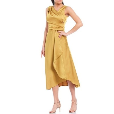 テイラー レディース ワンピース トップス Asymmetric Neck Sleeveless Ruffle Satin Crepe Midi Dress Gold