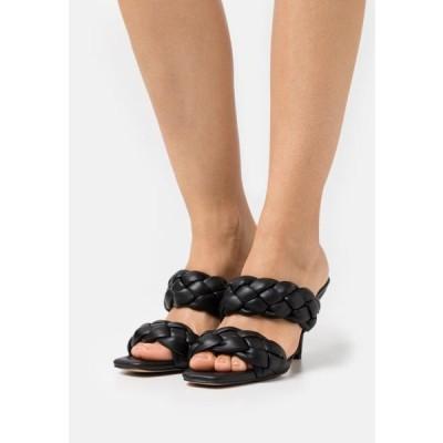 エヌエーケイディー レディース 靴 シューズ BRAIDED WEDGE MULES - Heeled mules - black