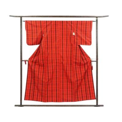リサイクル着物 紬 正絹赤地格子柄袷紬着物