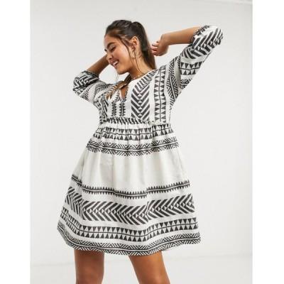 アクセサライズ ミニドレス レディース Accessorize mini smock beach dress in white and black aztec pattern エイソス ASOS マルチカラー