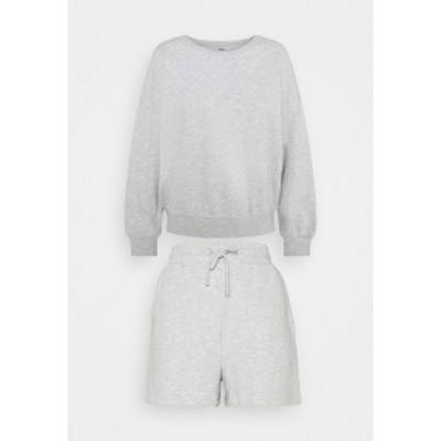 オンリー プティ レディース カジュアルパンツ ボトムス ONLKAPPI PETIT SET - Sweatshirt - light grey melange light grey melange
