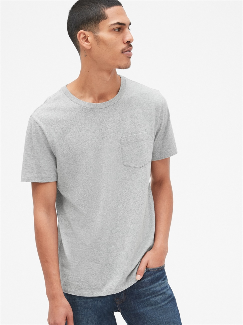 男女同款 休閒直筒圓領短袖口袋T恤