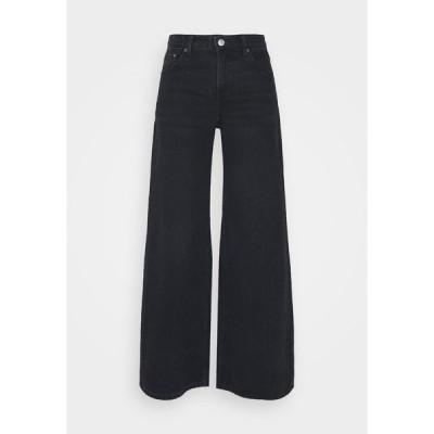 ウィークデイ デニムパンツ レディース ボトムス RAY LOW - Flared Jeans - washed black