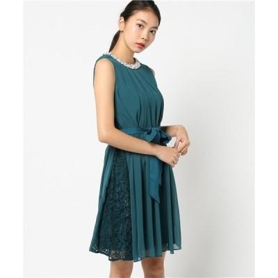 ドレス 《WEB限定商品》パール&ビジュー使い 襟元タックプリーツ入りサイドレース切替フレアーワンピース