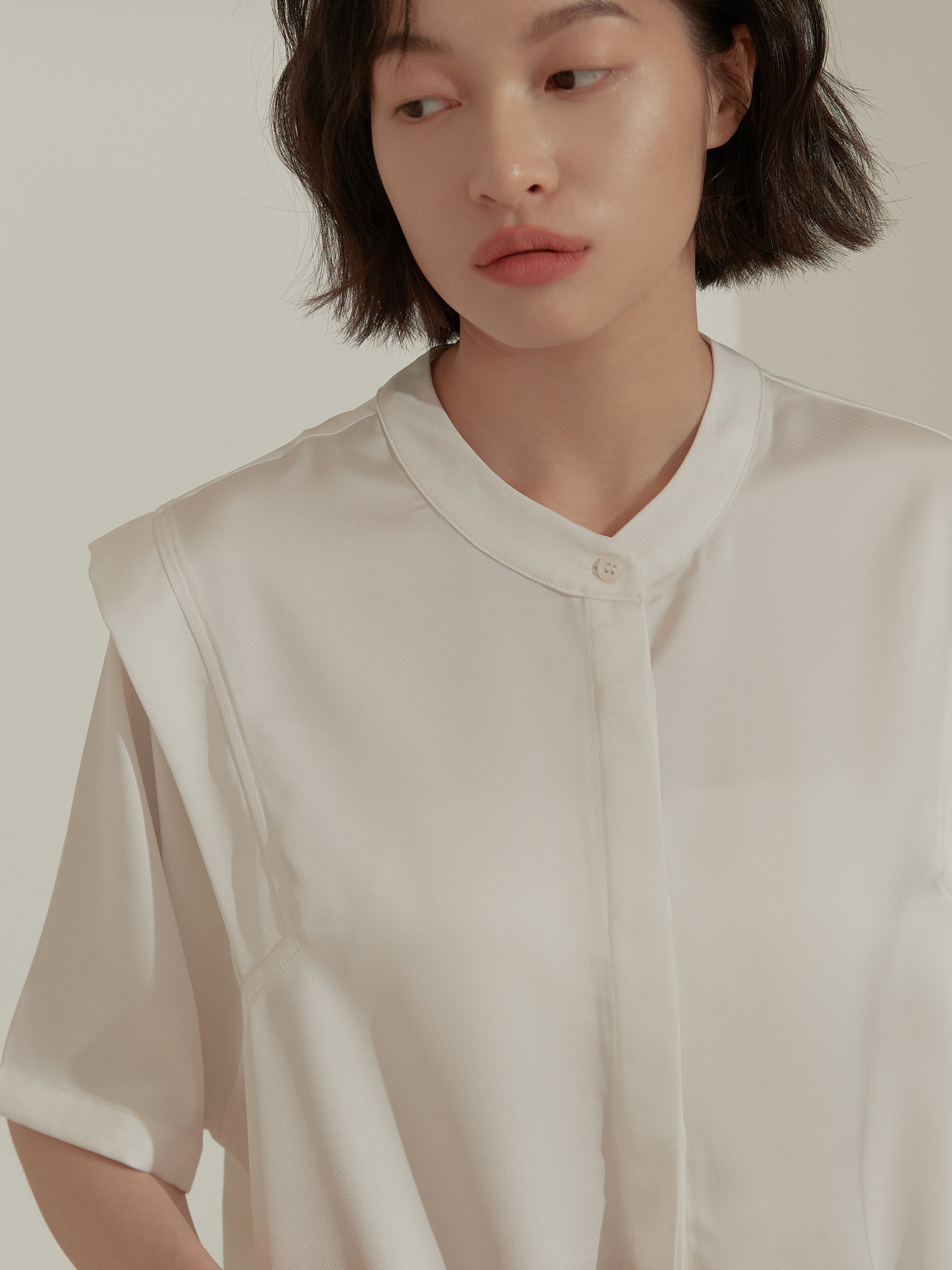 特殊接袖微光澤襯衫-mouggan