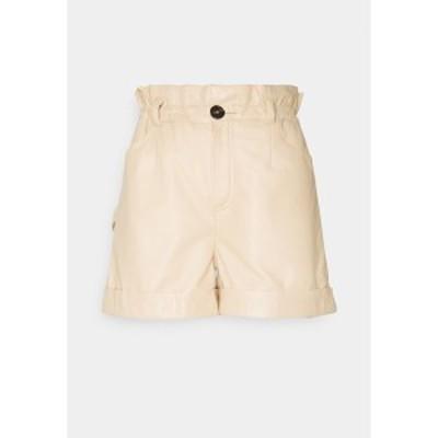 オークウッド レディース カジュアルパンツ ボトムス JANNY - Shorts - light beige light beige