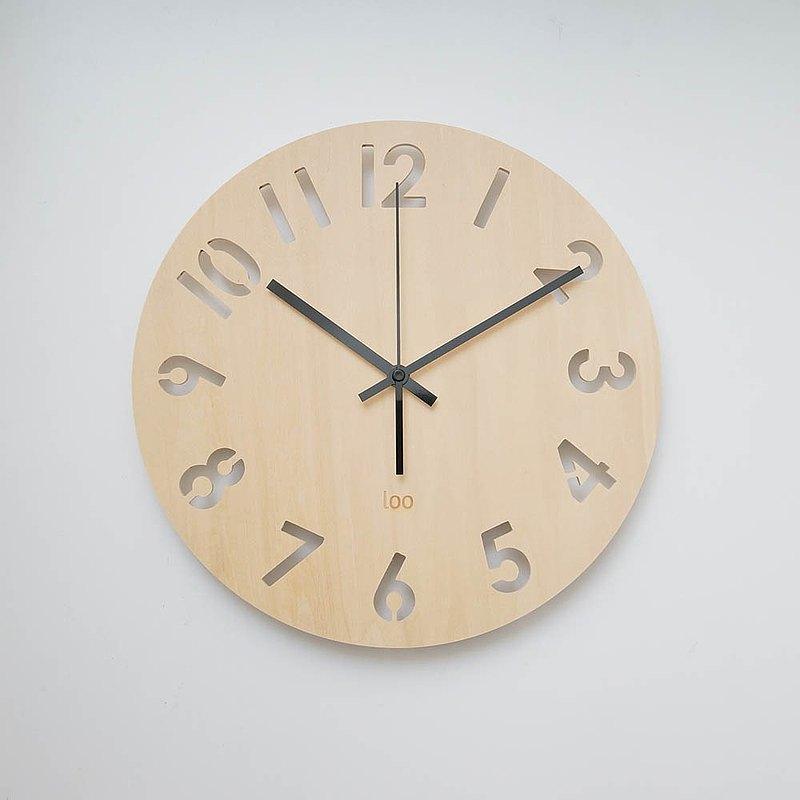LOO 木製靜音掛牆鐘 | 數字旋轉