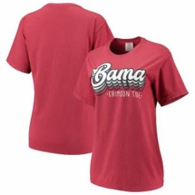 Image One イメージ ワン スポーツ用品  Alabama Crimson Tide Womens Crimson Comfort Colors Retro Stack Short Sleeve T-