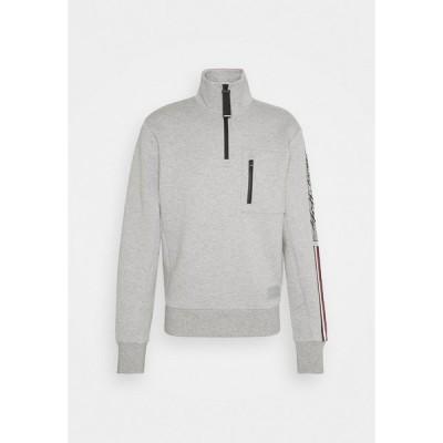 トミー ヒルフィガー パーカー・スウェットシャツ メンズ アウター SLEEVE LOGO ZIP MOCK NECK - Sweatshirt - medium grey heather