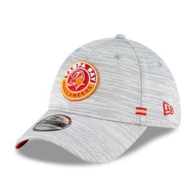 ニューエラ メンズ 帽子 アクセサリー Tampa Bay Buccaneers New Era 2020 NFL Sideline Official Historic 39THIRTY Flex Hat Gray