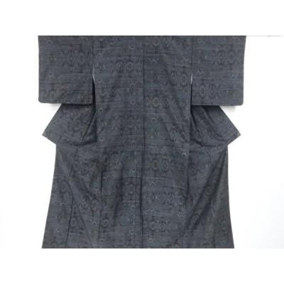 宗sou 未使用品 抽象模様織り出し本場泥大島紬着物【リサイクル】【着】