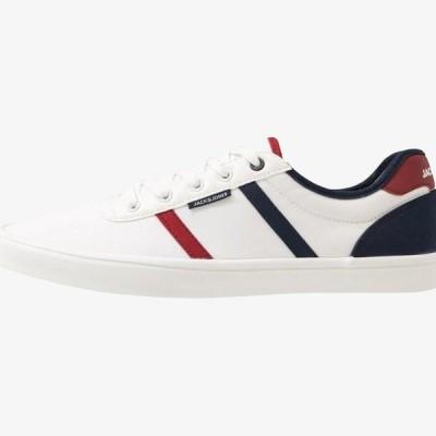 ジャックアンドジョーンズ メンズ 靴 シューズ JFWLOGAN - Trainers - bright white