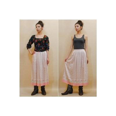 XS〜Mサイズ【アメリカ製古着】1970年代ヴィンテージ◆白地にベビーピンクのお花◆ミディ丈スカート【中古】