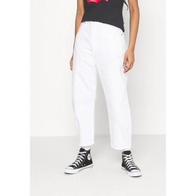 リーバイス メイド アンド クラフテッド デニムパンツ レディース ボトムス BARREL - Relaxed fit jeans - white sails