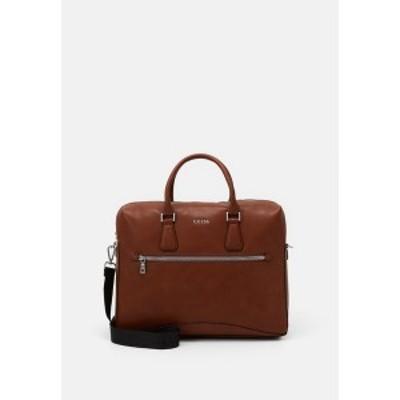 ゲス メンズ ショルダーバッグ バッグ SCALA BRIEFCASE UNISEX - Briefcase - brown brown