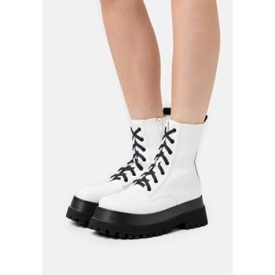 レイド ブーツ&レインブーツ レディース シューズ HARLOW - Platform ankle boots - white