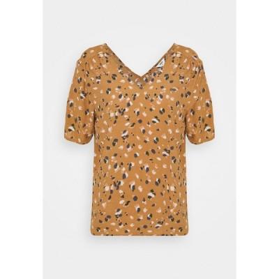 オブジェクト Tシャツ レディース トップス OBJNELLE - Blouse - chipmunk/multi colour