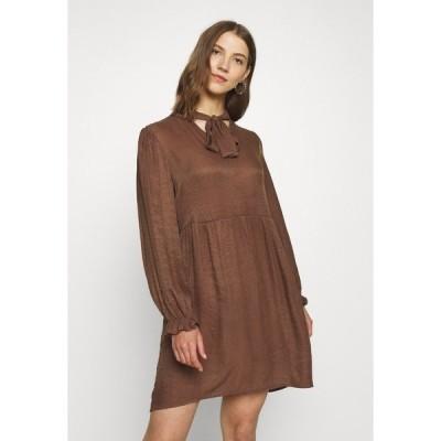 ビーヤング ワンピース レディース トップス Day dress - ibiza brown