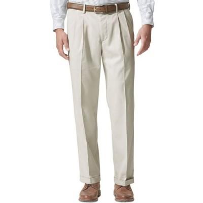 ドッカーズ メンズ カジュアルパンツ ボトムス Men's Comfort Relaxed Pleated Cuffed Fit Khaki Stretch Pants