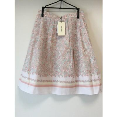 レッセパッセ 小花柄スカート