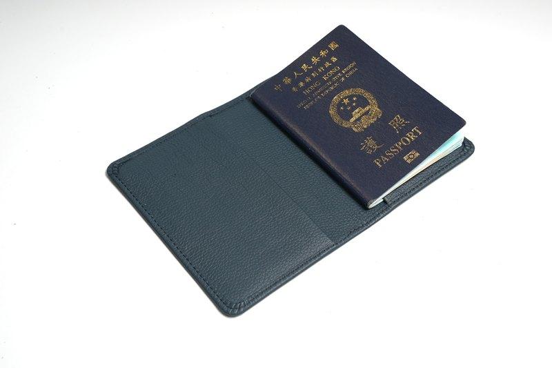 【B.E.I.S】客製化 | 護照套 | 禮物 | 燙金刻名