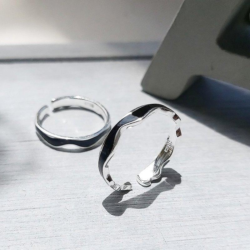 曲奇925純銀黑琺瑯戒指 (禮盒裝) 中性配戴