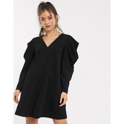 エイソス レディース ワンピース トップス ASOS DESIGN mini swing dress with v neck and pleated sleeve in black