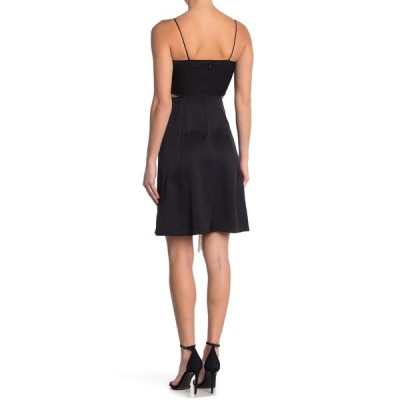バーバリー レディース ワンピース トップス Silk Klemen Fringe Dress BLACK