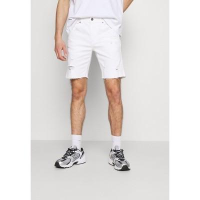 コットンオン デニムパンツ メンズ ボトムス STRAIGHT SHORT - Denim shorts - white