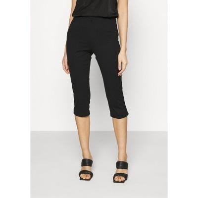ヴェロモーダ カジュアルパンツ レディース ボトムス VMLEXIE CAPRI PANT - Shorts - black