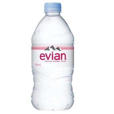 うれしい大容量エビアン ペット 750ml x12本カルシウムとマグネシウムをバランスよく含むevianのペットボトル/送料無料