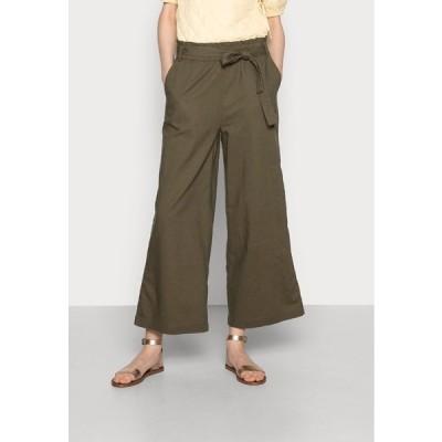 イー ディ シー バイ エスプリ カジュアルパンツ レディース ボトムス FLOATY PANT - Trousers - khaki green