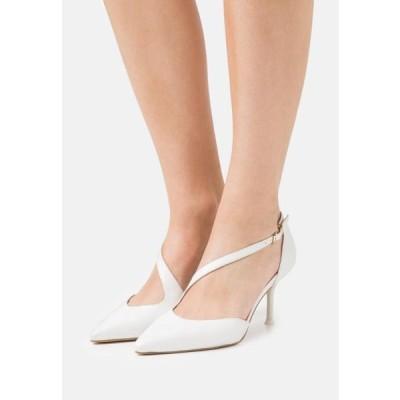 タマリス レディース 靴 シューズ Classic heels - white