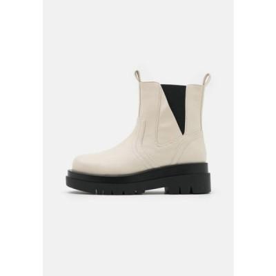 レディース 靴 シューズ BRAZEN - Platform ankle boots - offwhite