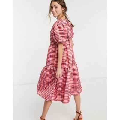 グラマラス レディース ワンピース トップス Glamorous midi volume smock dress in pink plaid Red pink plaid