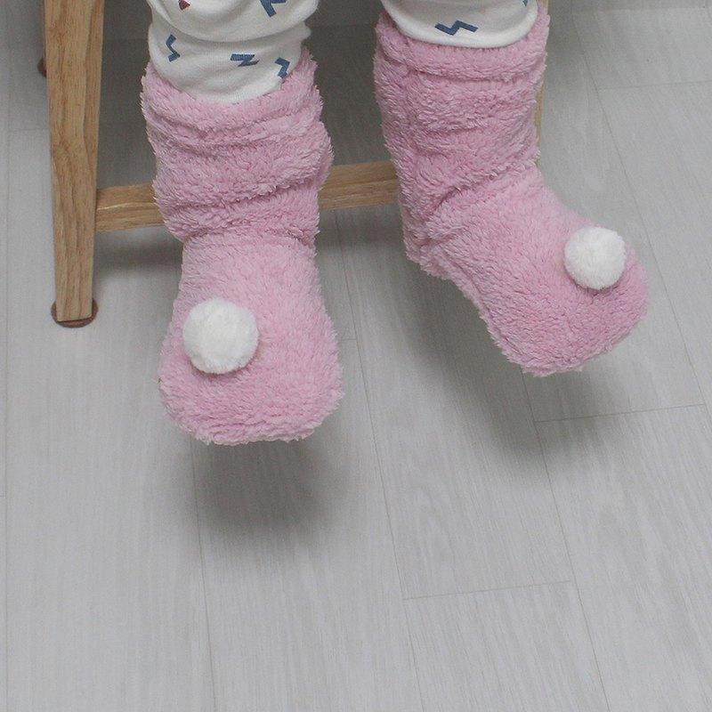 嬰兒白色絨球羊毛保暖冬襪