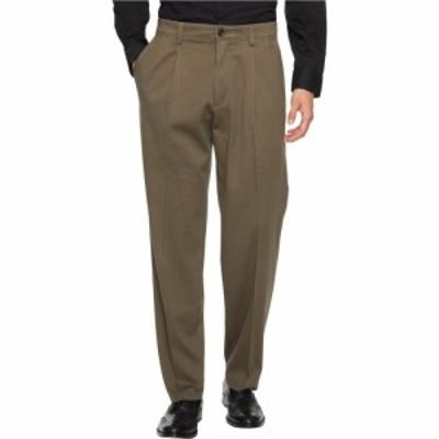 ドッカーズ Dockers メンズ ボトムス・パンツ Easy Khaki D3 Classic Fit Pleated Pants Dark Pebble