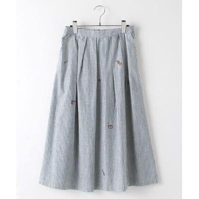 Mademoiselle NONNON/マドモアゼルノンノン タックフレアースカート[飛び柄刺繍入り] オフ×ブルーロンドンストライプ F