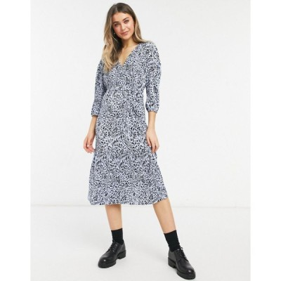 エイソス ミディドレス レディース ASOS DESIGN midi plisse wrap long sleeve belted dress in blue animal print エイソス ASOS ブルー 青