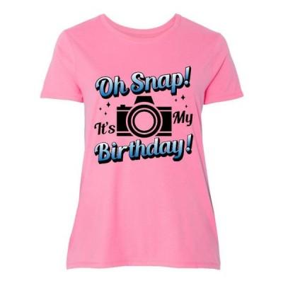 レディース 衣類 トップス Oh Snap Its My Birthday with Camera and Sparkles Women's Plus Size T-Shirt グラフィックティー