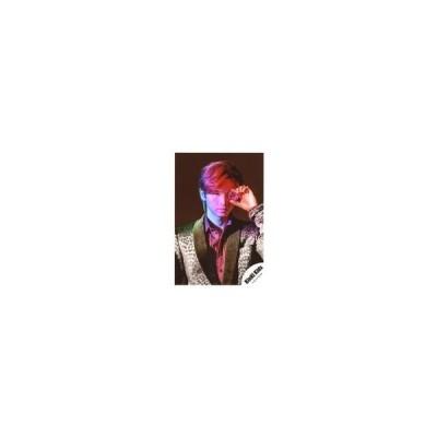 中古生写真(ジャニーズ) KinKi Kids/堂本光一/バストアップ・衣装白・黒・豹柄・赤・左手宝石左目元/公式生写真