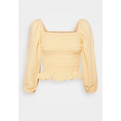フォーエバー ニュー シャツ レディース トップス KIKI SHIRRED BABYDOLL - Blouse - yellow