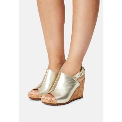 クラークス レディース サンダル FLEX STITCH - Platform sandals - champagne